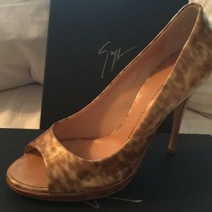 Gold animal print GZ heels.